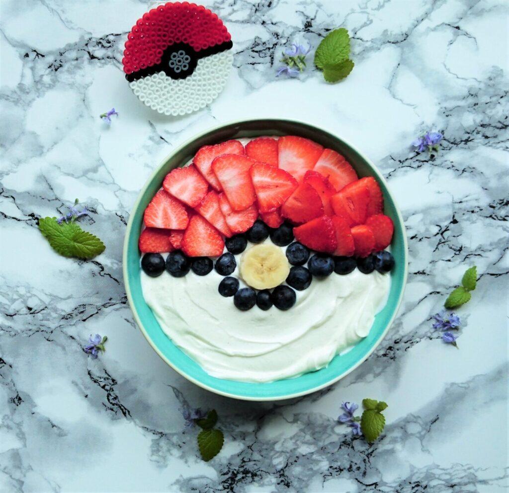 Pokéball yoghurt skål