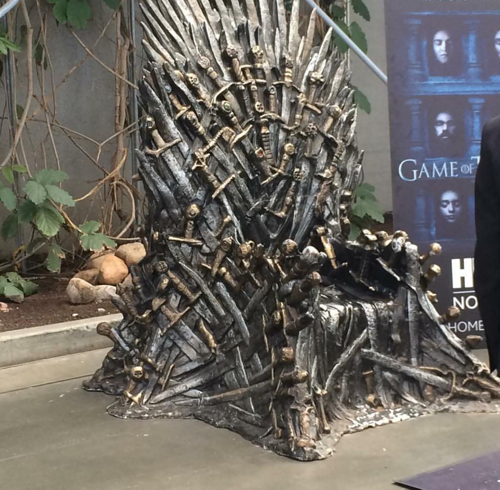 Cersei havde efterladt tronen i kort øjeblik...