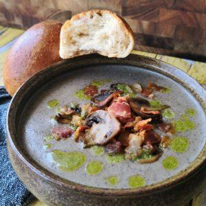 Snehvides svampesuppe med suppebrød fra Snehvide og de syv små dværge