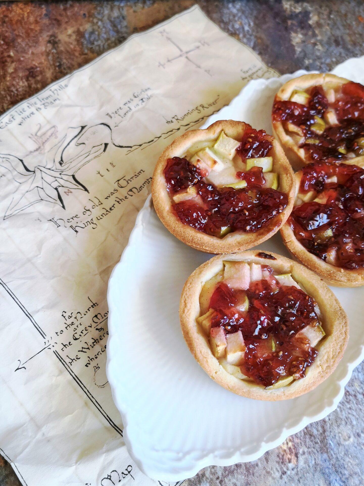 Bifurs æbletærte med hindbær