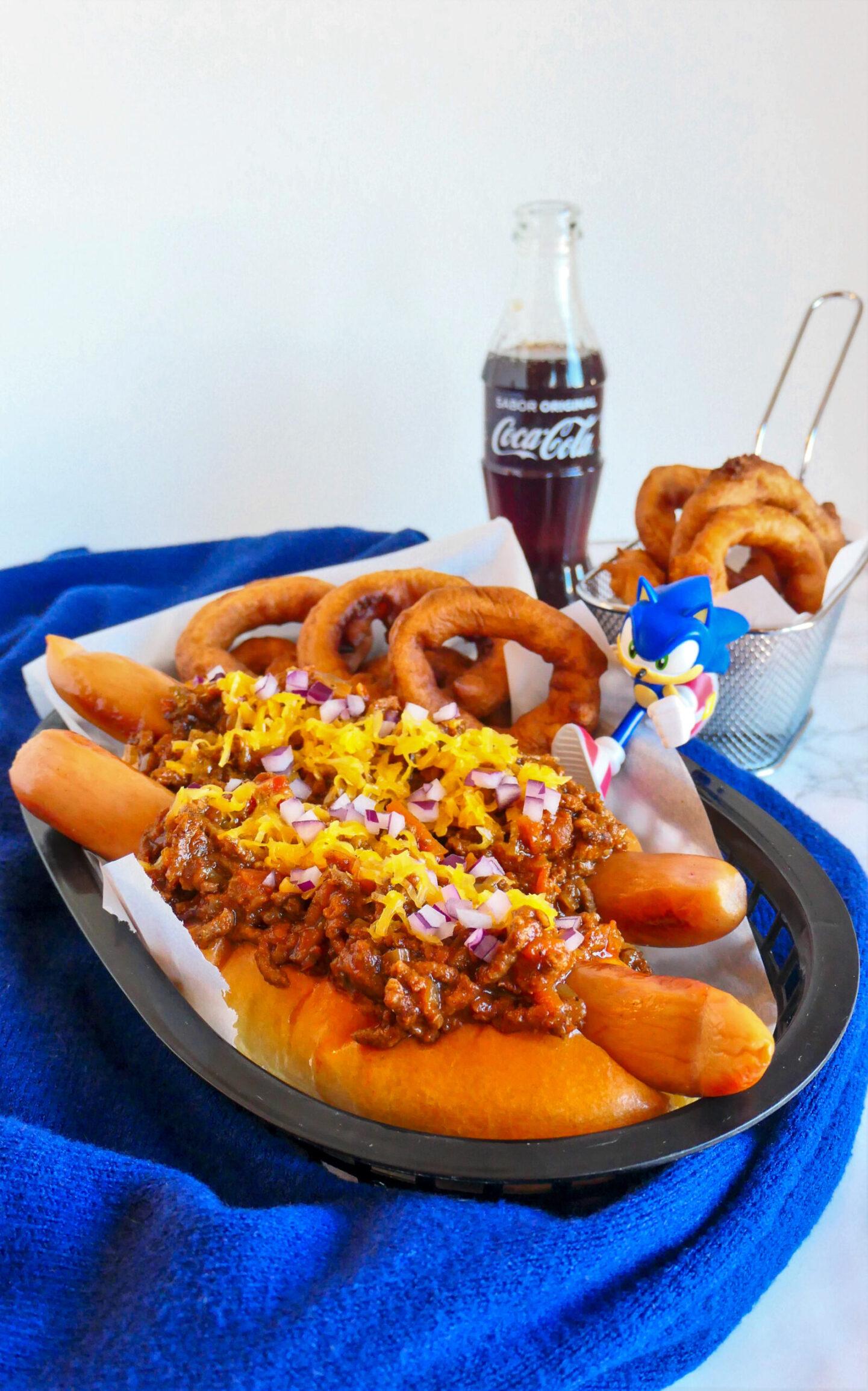 Sonics krydrede chili dogs og gyldne løgringe 2.0
