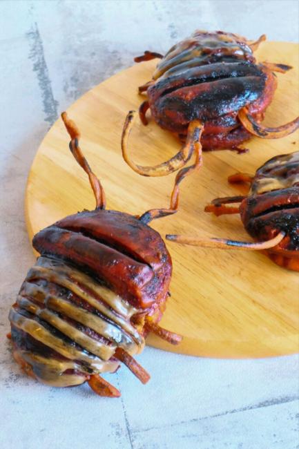 Edgar the Bugs cremefyldte kakerlak donuts