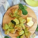 Shamrock scones med cheddar og spinat