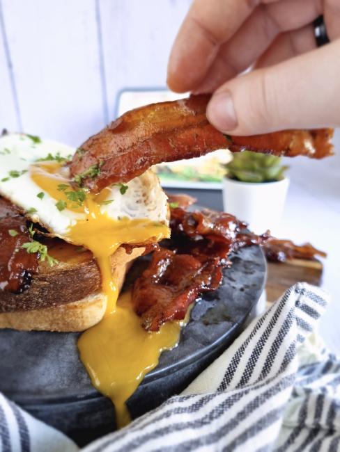 kaffeglaseret bacon