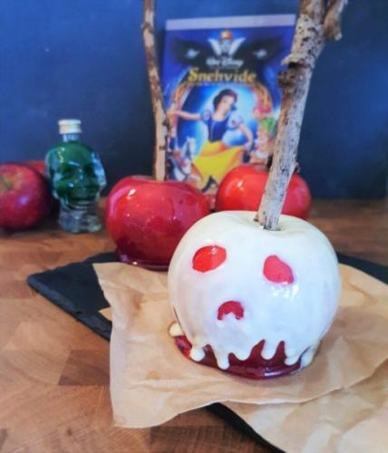 Den onde dronnings kandiserede æbler med hvid chokolade